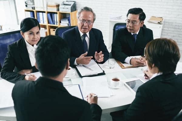 professional communication; professional communicators; multicultual meeting